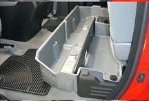 Zbrane / Toyota Hilux box na zbrane