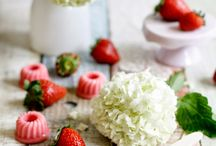 Silikomart; recepten en inspiratie / Recepten voor bonbons, mini ijsbonbons en mini cakejes dmv Silikomart mallen.
