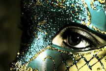 Maschere / maschere che celano, maschere che svelano, maschere davanti a desideri.