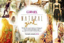 Natural Girl / NATURAL GIRL, es una tendencia con influencia de los años 70, donde la onda hippie, los detalles étnicos y las siluetas fluidas se unen para lograr un look casual, muy sexy y femenino.