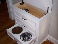 Pets in the kitchen / clever ways to accommodate our furry family members in the kitchen