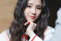 Hee Jin Loona