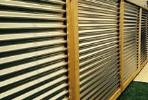 Corrugated Metal fence / Find beautiful ideas and inspiration for Corrugated Metal Fence to add to your own home.