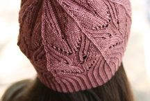 Knitted hats & beanies