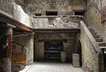 Pompei,  Ercolano,  resti delle antiche città Romane.