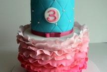 Bolos/Cakes/Pastel / by Encontrando Ideias