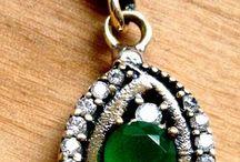 Vintage Jewellery Online UK