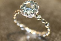 Jewelry and Accessories / Jewelry and other stand out pieces to accentuate various looks