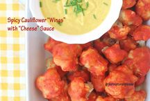 "Spicy Cauliflower ""Wings"" with ""Cheese"" Sauce / This is a healthy and delicious appetizer. It's vegan, gluten-free, oil-free, sugar-free, soy-free and nut-free. Ideal to share!"