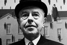 René Magritte / René François Ghislain Magritte (Lessines, 21 novembre 1898 – Bruxelles, 15 agosto 1967) pittore belga.