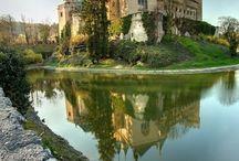 zámky, hrady