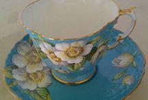Teapots & tea cups  / Beautiful tea cups & pots