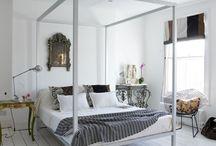 Dream bedrooms / by Mariana Vidakovics De Victor