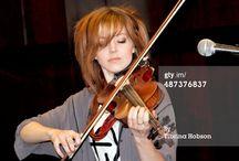 Lindsey Stirling / I love you Lindsey!!!!!:)