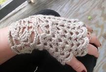 Crochet fingerless golves