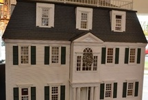 Antique Dollhouses /Dollhouses