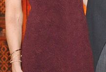 Vendo vestido madrina / Vestido largó organza color ciruela talla m con escote en la espalda y cola