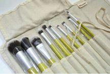 MAKE (Me) UP / Eyeshadow Base, Eye Pencil, Also Highlight... #musthaveitem