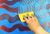 Manipolazione / Il piacere di pasticciare e la scoperta di colori e materiali