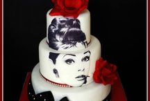 Tiered edible image cakes