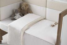 coleccion nuria / coleccion nuria combinacion de jacqard en lunares color beige o gris con pique del mismo color.  Una coleccion fina y elegante para vestir la habitacion de tu hijo o hija