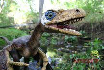 Bambiraptor / Bambiraptor is a 75 million year old bird-like, very quick hunter dinosaur recently discovered by scientists at the University of Kansas, Yale University, and the University of New Orleans.