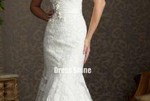 Dresses / by Deedra Zook