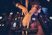 Djing / Mi gran hobby! La música electrónica y el arte de mezclar!