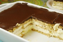 Desserts... yum yum! / by Tammie Seltzer