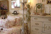 Vintage Bed Rooms