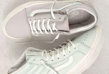 closet [shoe]