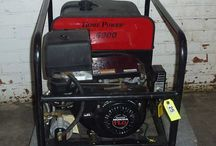 Items for sale at auction. / Bid online from anywhere at www.whitleyauction.com