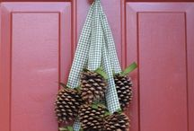 Pine cone crafts / by Vickie
