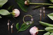 Rosehip Jewelry amethyst and rose quartz / Amethyst and rose quartz designs by Rosehip Jewelry