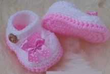 Crochet baby shoes...