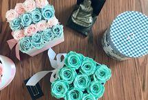 Cajas y Rosas