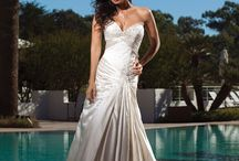 cheap wedding dress / by Wood_Daniel