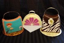 Purse, Handbag and Fashion Cakes / Purses, handbags, high heel shoes, and other fashionable cakes and cupcakes.