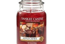 Fall Candles / Pumpkin Spice, Apple Cider, Crisp Leaves.... what does autumn smell like to you. Add that scent to your home with our fall collection of candles.