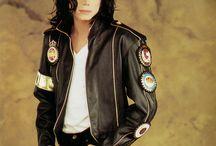 МАЙКЛ! (MICHAEL!) / Великий и неповторимый Майкл Джексон.