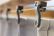 Pergole retractabile / Pergole din aluminiu cu acoperis retractabil. Va prezentam proiectele si produsele noastre destinate amenajarii teraselor. Pergolele retractabile pot fi de asemenea o solutie ideala pentru restaurante si terase. Aceste solutii sunt disponibile si pe www.jaluzeleprestige.ro