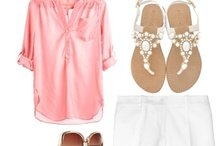 Fashionable Moms / by The Mommylogues