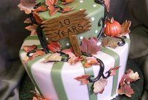 Everyone loves CAKE! / Cakes I will make someday!