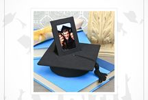 Graduation Gifts / The spring is here and it is almost time to celebrate the graduating class of 2017. It is time for caps, gowns, diplomas and cheer this years graduating class with our graduation gifts.
