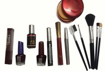 Nail polish / We have latest fashionable nail polish at affordable cost with different color.
