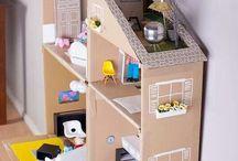 DIY con scatole di cartone - DIY with cardboard boxes / Una raccolta di idee semplici per creare giochi e fare lavoretti con le scatole di cartone