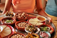 Tapa´s / Wonderfull glamping accomodations and delicious Spanish food. You want wo stay here forerver!