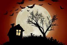 Halloween vectors / Free vectors with Halloween themes.