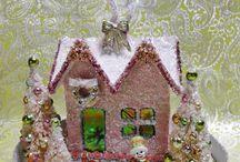 PUTZ HOUSES & BOTTLE BRUSH TREES / decor