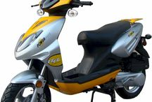 SSR Sonic 150 Moped Scooter / Sonic 150 features a seat height of 28 inches and  large 12 inch Wheels. Sonic 150 is Fully Automatic, features ABS Disc Brakes, Hydraulic Telescoping Front Forks. Comes with under the seat storage and Rear Trunk ncluded. Over 84mpg